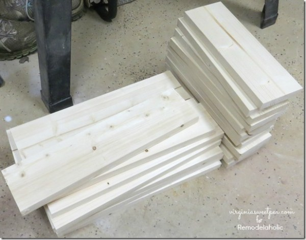 How to Build a Wooden Box with Handles by Virginia Sweet Pea featured on @Remodelaholic