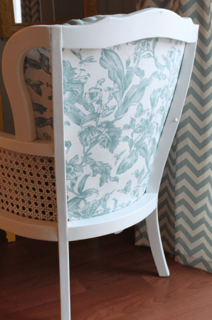 cane armchair makeover via @Remodelaholic