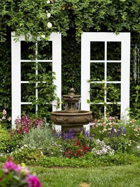 garden-trellis-bhg