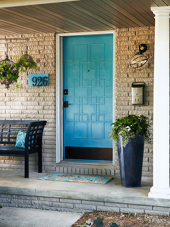 modern geometric door via BHG
