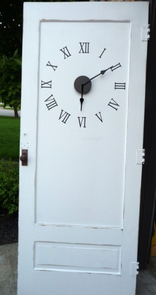repurposed-door-clock-remodelaholic