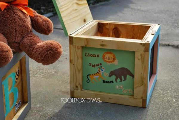 DIY Building Block Storage Seats by ToolBox Divas for Remodelaholic