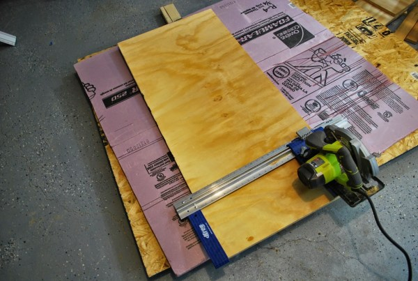 How to Build a Base for a Playtable by ToolBox Divas for Remodelaholic