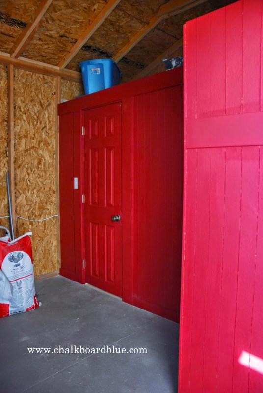 How to Build a Storage Shed with a Chicken Run and Coop by Chalkboardblue featured on Remodelaholic