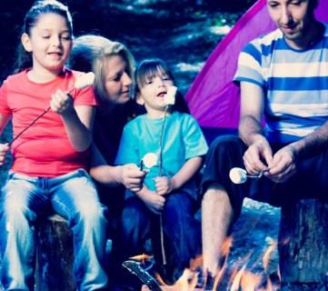 6 Fun Family Campfire Traditions