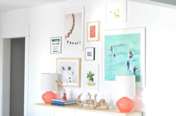 Tips for Creating a Modern Balanced Gallery Wall by House Updated featured on Remodelaholic