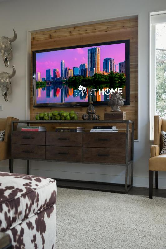 build a wood television niche (HGTV)