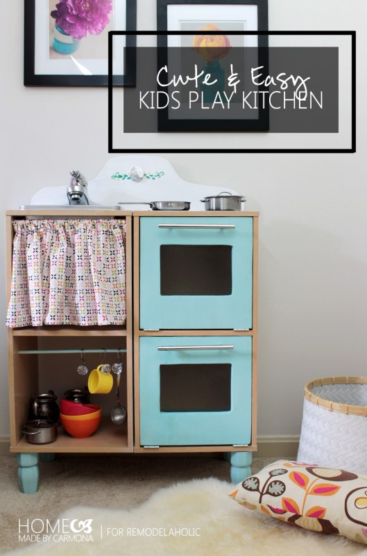 Cute and Easy DIY Kids Play Kitchen -- made from those cheap cube shelves! Great tutorial to make a great pretend kitchen.
