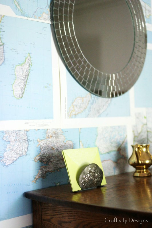 DIY Wall Treatment that is Renter Friendly by Craftivity Designs for Remodelaholic