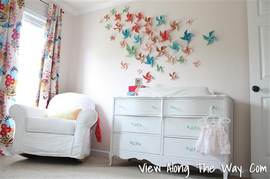 Easy Art Ideas for Kids Room Decor: diy pinwheel wall (View Along The Way)