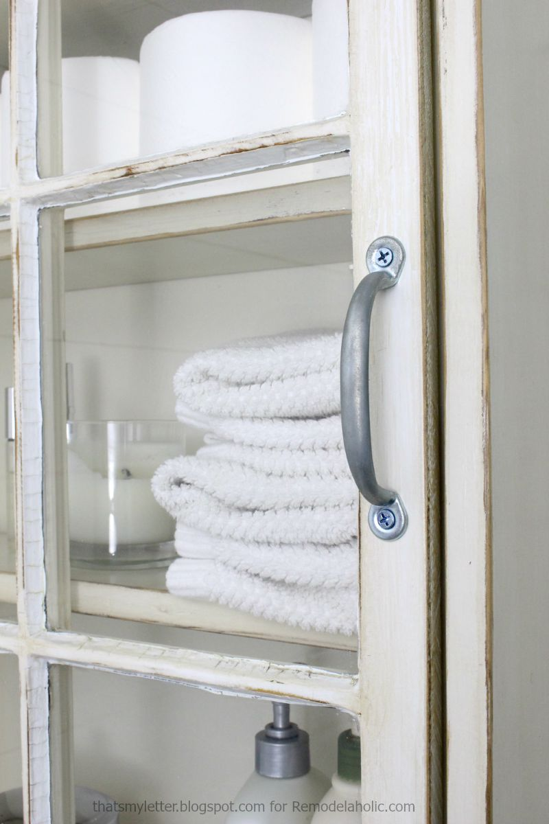bathroom storage cabinet handle