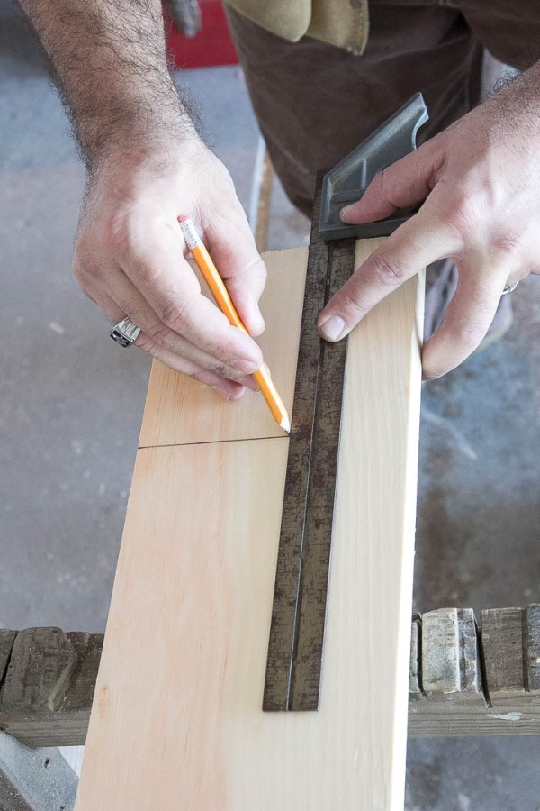 DIY Easy Craftsman Trim (17 of 22)