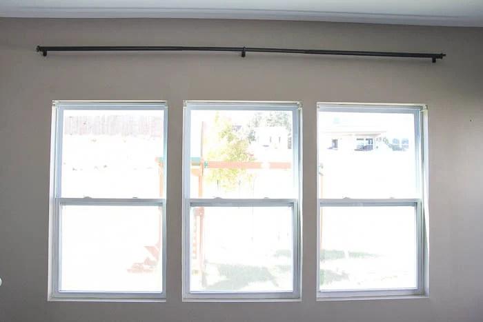 Remodelaholic DIY Easy Craftsman Window Trim