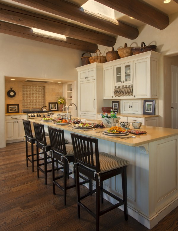 contemporary modern Southwestern kitchen by Violante & Rochford Interiors, photo credit © Wendy McEahern