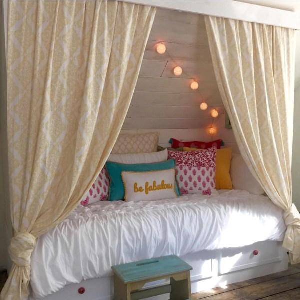 DIY built-in bed nook tutorial, Debi @Remodelaholic (6)