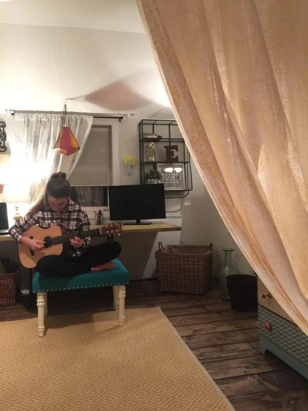 DIY built-in bed nook tutorial, Debi @Remodelaholic (8)