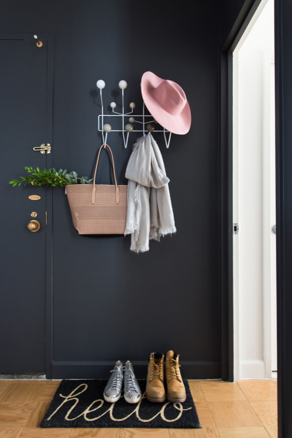 Dark dramatic entryway | 100+ Beautiful Mudrooms and Entryways at Remodelaholic.com