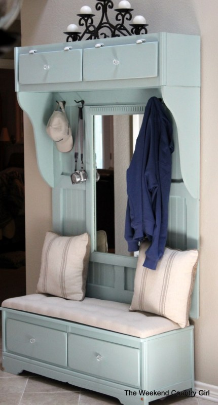 This mudroom bench was made from an old DRESSER! | 100+ Beautiful Mudrooms and Entryways at Remodelaholic.com