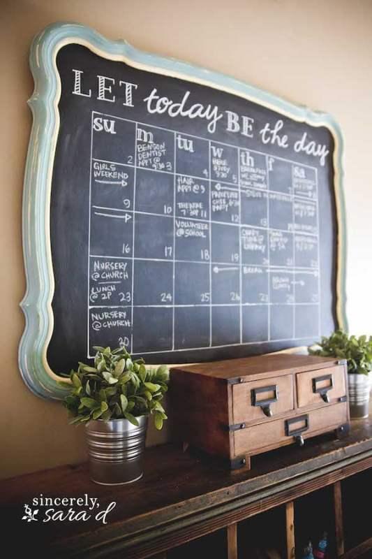 Pretty Chalkboard calendar