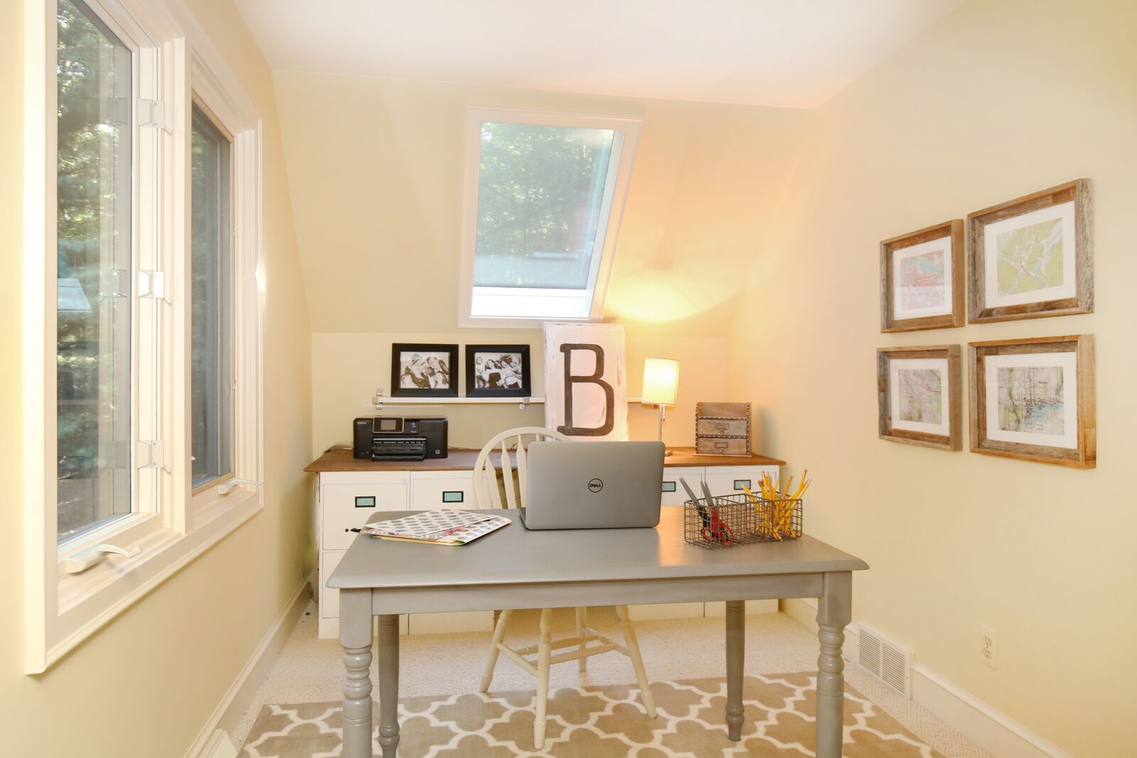 Beau Small Home Office Makeover With File Cabinet Desk (4)