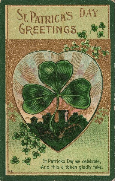 St. Patrick's Day decorations Vintage printable images from the Graphics Fairy via Remodelaholic