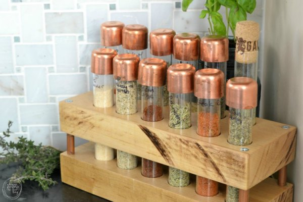 build your own copper and test tube spice rack for your go-to favorite spices! RefreshLiving