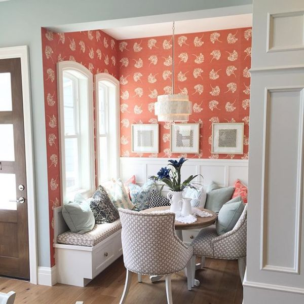 colorful breakfast nook #homeshow @Remodelaholic