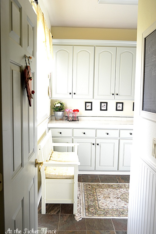 Remodelaholic 100 Inspiring Mudrooms And Entryways