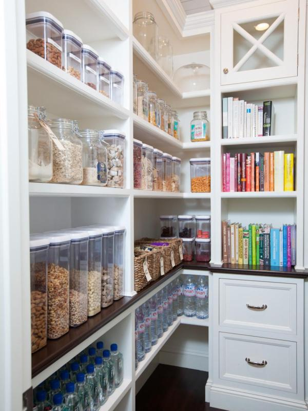 Beautiful organized pantry via HGTV, photo Michelle Drewes