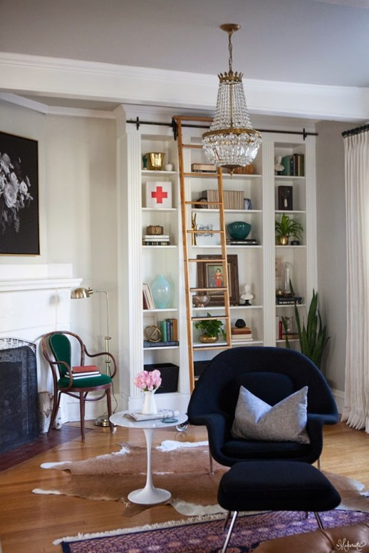 The-Makerista-Ikea-Bookshelf-Hack-Billy-Built-ins-French-Basket-Chandelier-Library-Ladder-683x1024