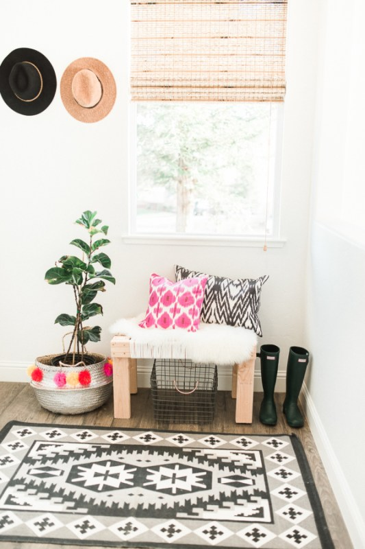 modern minimalist southwestern style via Style Me Pretty, photo Daphne Mae