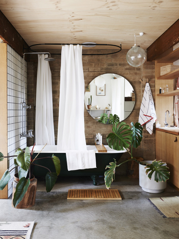 Tropical bathroom | Modern Tropical Style on Remodelaholic.com