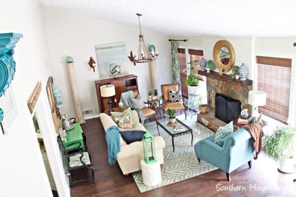 Green and blue and white living area, DIY, by Southern Hospitality featured on @Remodelaholic