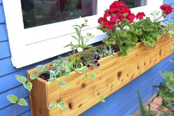 Custom Cottage Window Box-1