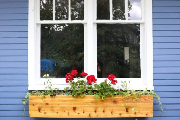 how to build a wooden window box planter