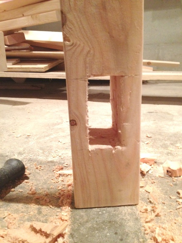 Peg and hole construction for table legs by I am a Homemaker featured on @Remodelaholic