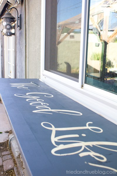 DIY outdoor fold-down table for entertaining by Tried and True featured on @Remodelaholic