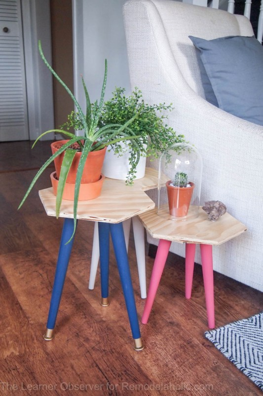 Make your own stools or plant stands by using the legs from thrifted tables and some plywood! An inexpensive and easy weekend project by The Learner Observer for Remodelaholic