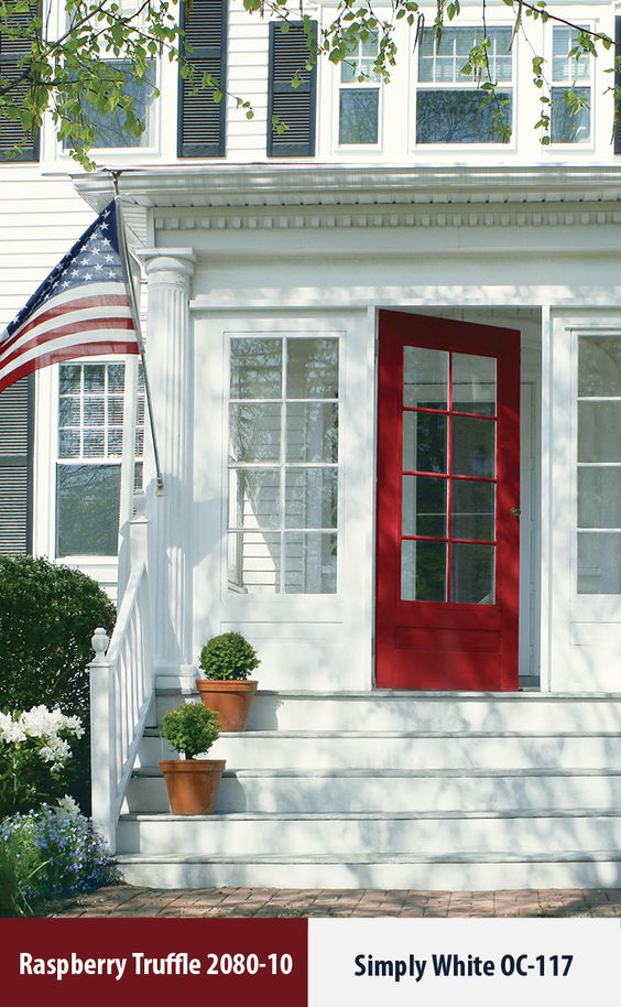 Exterior Paint Colors that Increase Curb Appeal | More info on Remodelaholic.com
