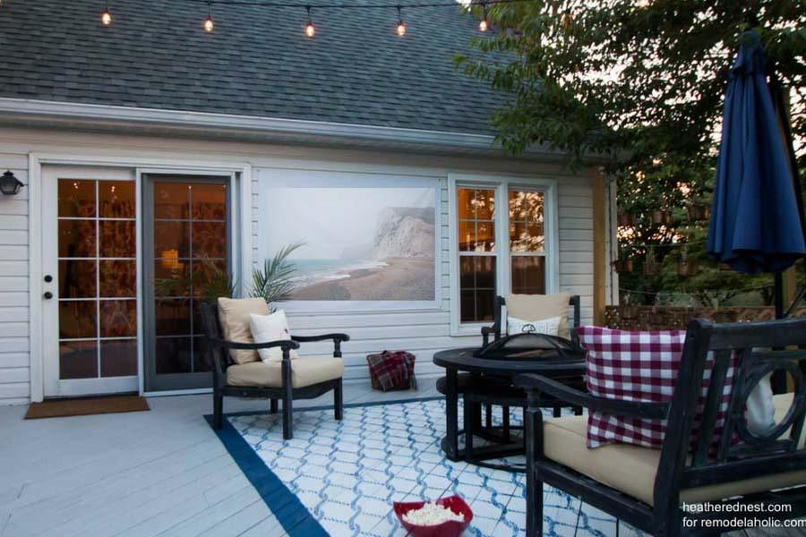 DIY-outdoor-movie-screen-heatherednest.com-1-5