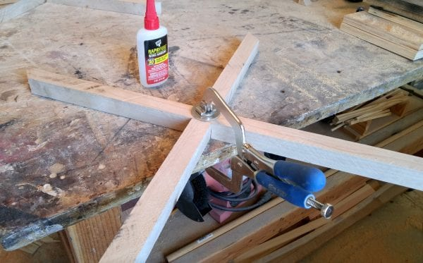 Pneumatic-Addict-clamping-half-lap-joint-bench