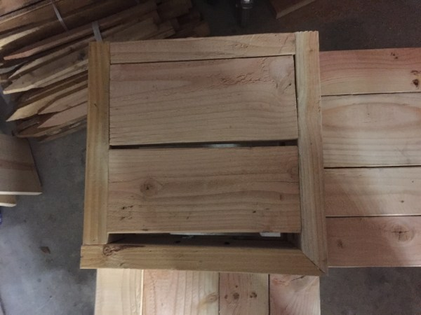 """Attach table box with wood glue and 2 1/2"""" pocket hole screws"""