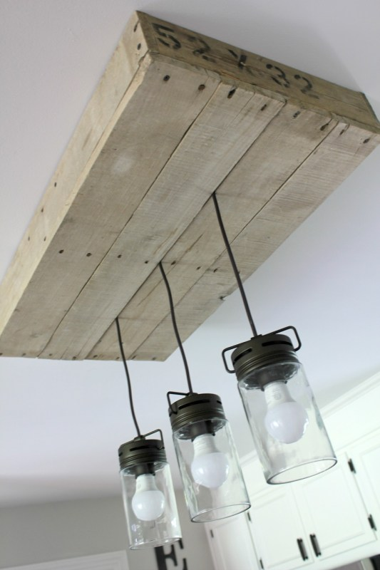 how-to-build-a-lightbox-out-of-palletwood-noting-grace-featured-on-remodelaholic