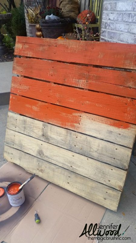 pallet-decor-fall-porch-sign-by-the-magic-paintbrush-inc-featured-on-remodelaholic