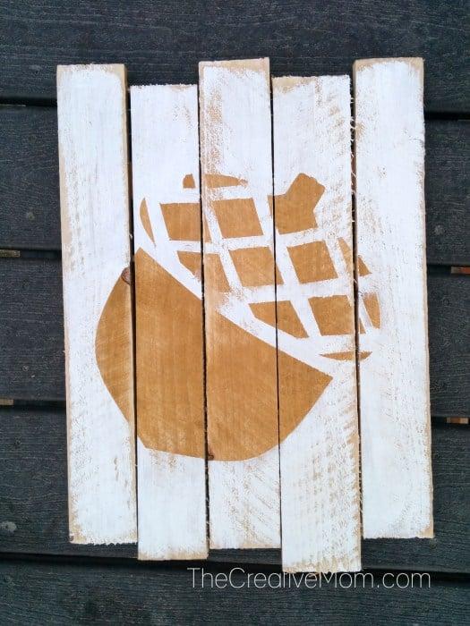 acorn-pallet-art-the-creative-mom