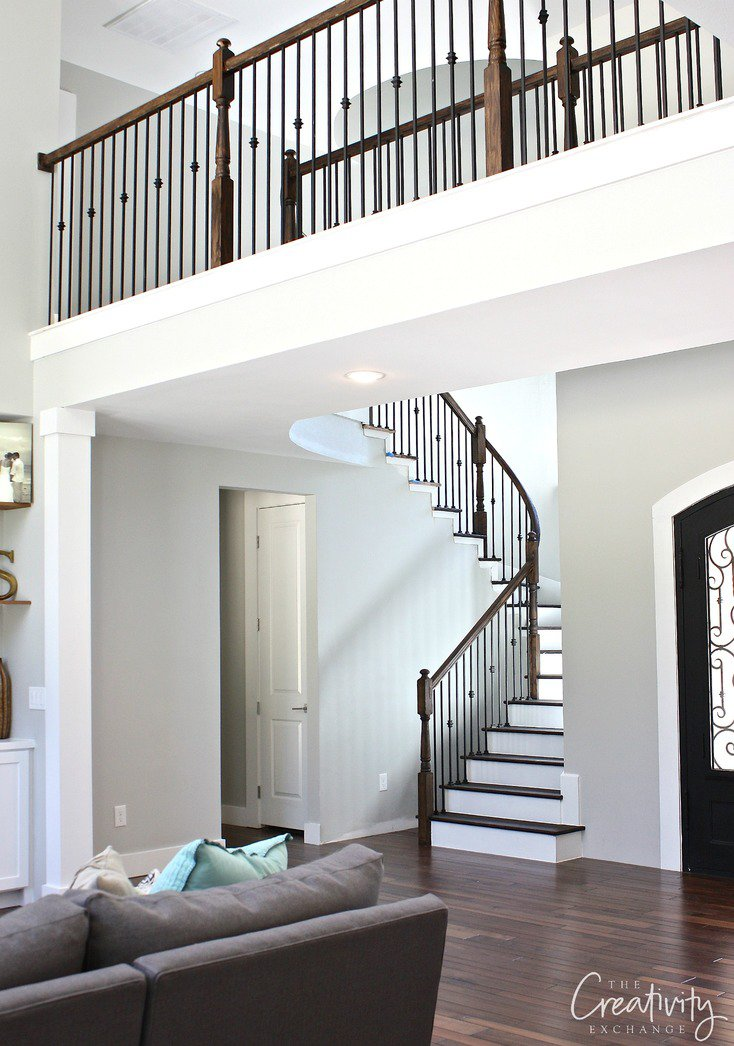 Tips for choosing a whole home paint color | Wall color is Repose Gray by Sherwin Williams | More paint colors and tips at Remodelaholic.com