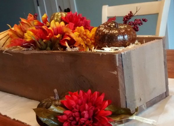 feat-remodelaholic-rustic-pallet-wood-box-13