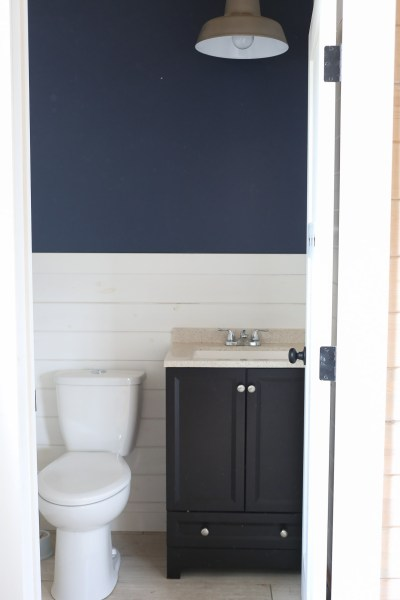 2-piece-powder-room-before-1