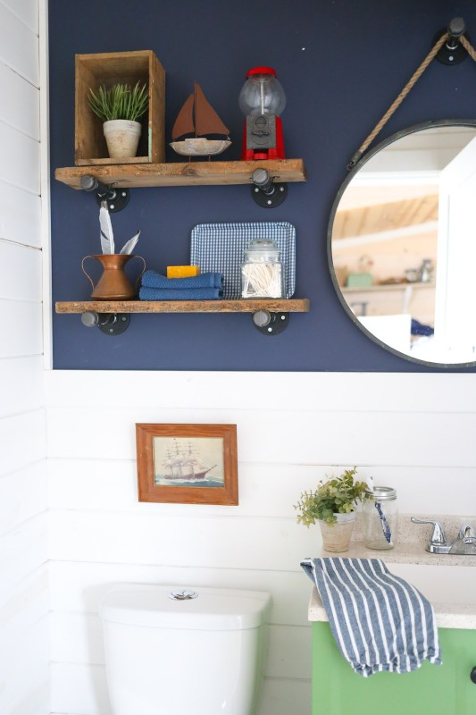 diy-industrial-reclaimed-wood-and-pipe-shelves