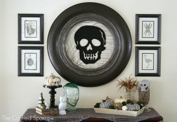halloween mantel with skull